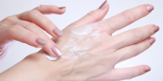 جلد کی خشکی دور کرنے کے 6 ٹوٹکے