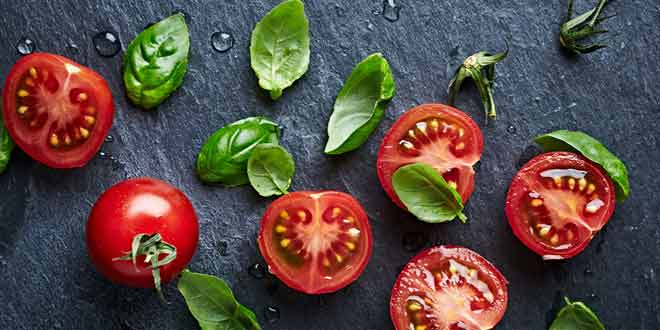 tomatoes help fighting various health problems