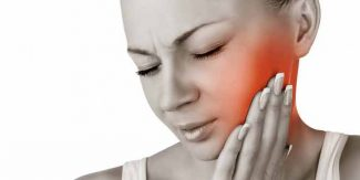 منہ کے چھالے ہونے کی وجوہات اور ان کا علاج