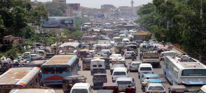 illegal-extensions-cause-traffic-jam-laiquatabad[1]