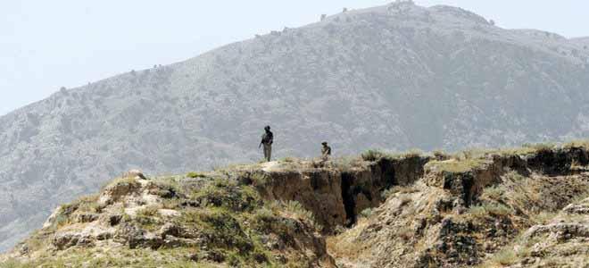 firing-on-pakistan-afghanistan-border[1]