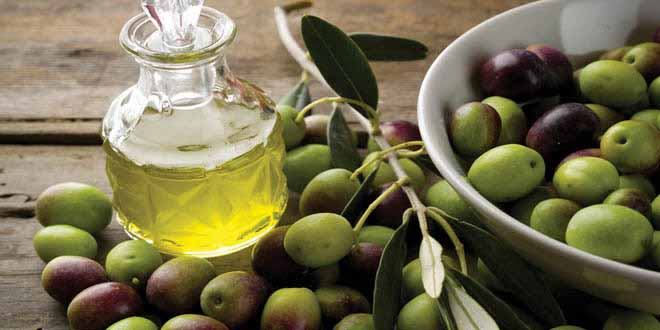 new-research-shows-olive-oil-reduces-the-dangers-of-heart-attack[1]