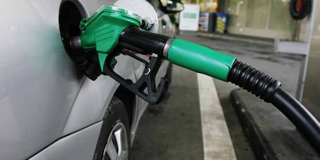 petrol-shortage-in-faisalabad-most-fuel-stations-closed[1]