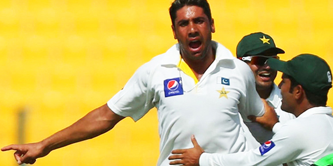 Pakistan fast bowler Imran Khan out of third Test