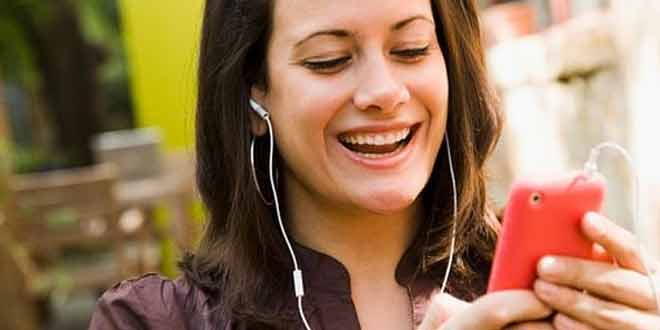 Over-two-thirds-of-smartphone-owners-are-music-streamers