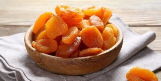 9 Health Benefits of Eating Dried Apricots (Sukhi Khubani)