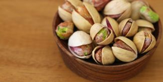 9 Reasons to Eat Pistachios (Pista)