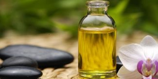 15 Reasons to have Castor Oil at Home