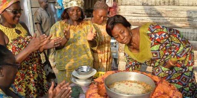 'Pot-in-a-bag'-stews-rice-as-it-fights-pollution
