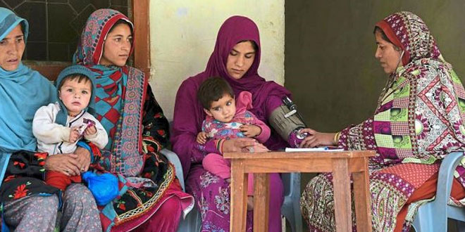 Kashmir-women-face-higher-risk-of-death-due-to-isolation