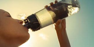 8 Early Signs & Symptoms of Dehydration