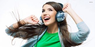Loud Music Damaging Hearing of Teens