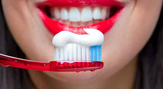 toothpaste for bed breath
