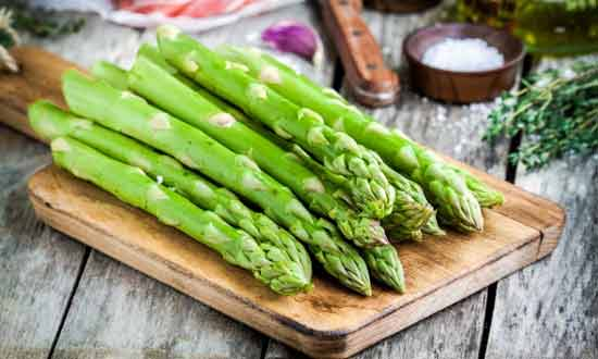 Add Asparagus to Your Six-pack Diet