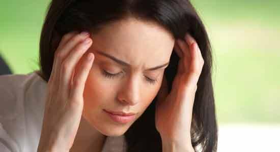 Essential Oils to Ease Headaches