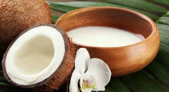 Coconut Milk For Your Hair
