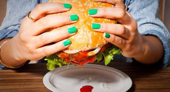 Not Eating Healthy can Demage Your Nails
