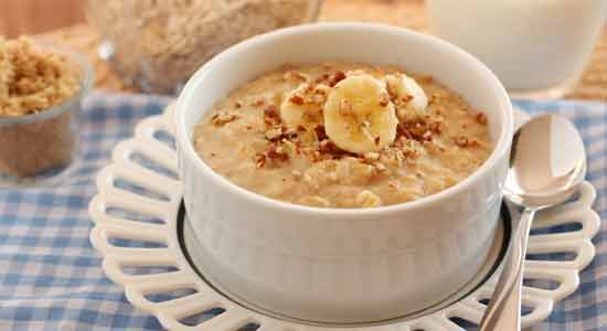 Oatmeal to Boost Breast Milk Production