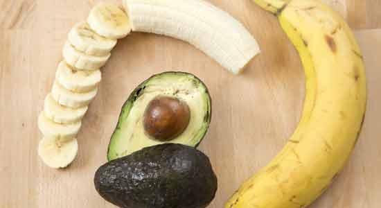 Banana and Avocado Foot Mask Treat Dry and Cracked Heels at Home