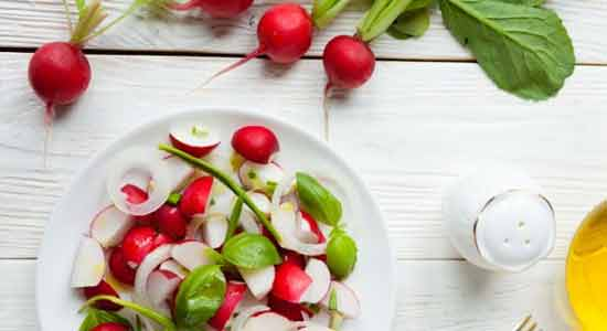 10 Health Benefits of Eating Radishes - HTV