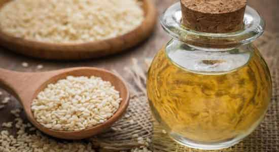 Sesame Oil Treat Dry and Cracked Heels at Home
