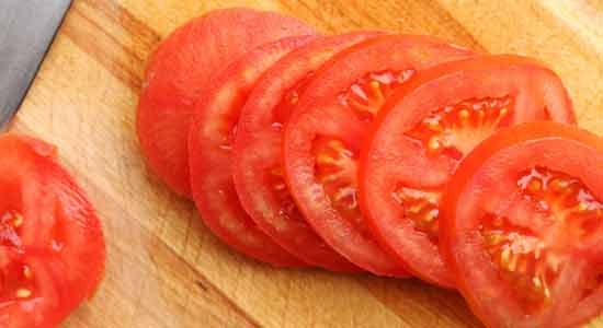 Tomato Beauty Products to Make in Your Kitchen