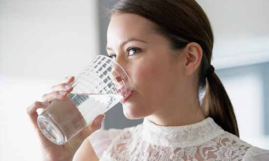 Hydrate,-Hydrate-and-Hydrate-to-Maintain-a-Healthy-Weight