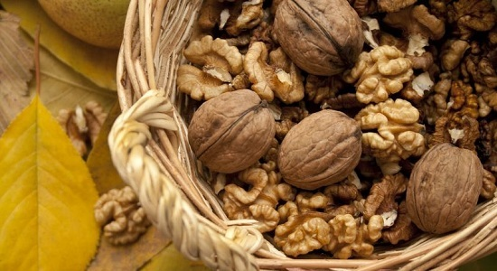 walnuts-Brain Foods to Boost Your Brain Power